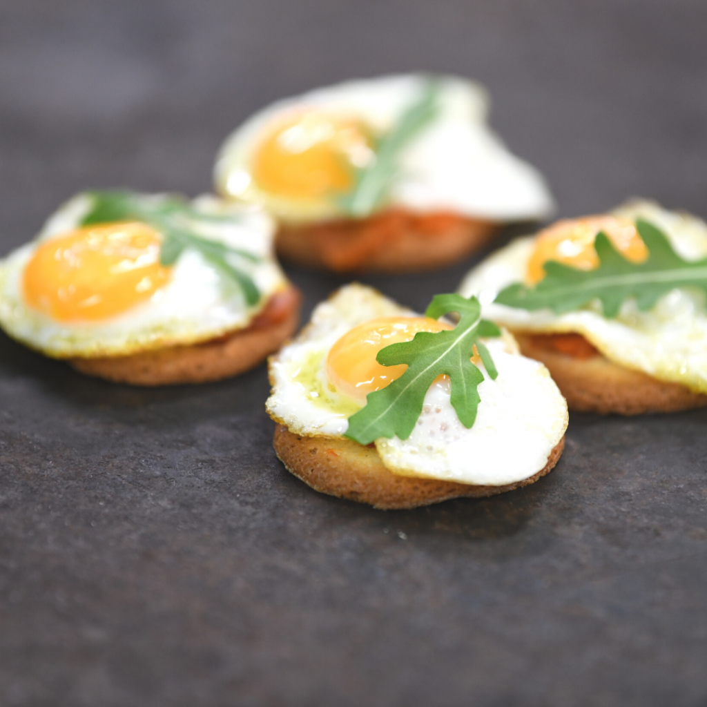 O rganic Teula biscuit with quail egg, sobrasada and truffle oil